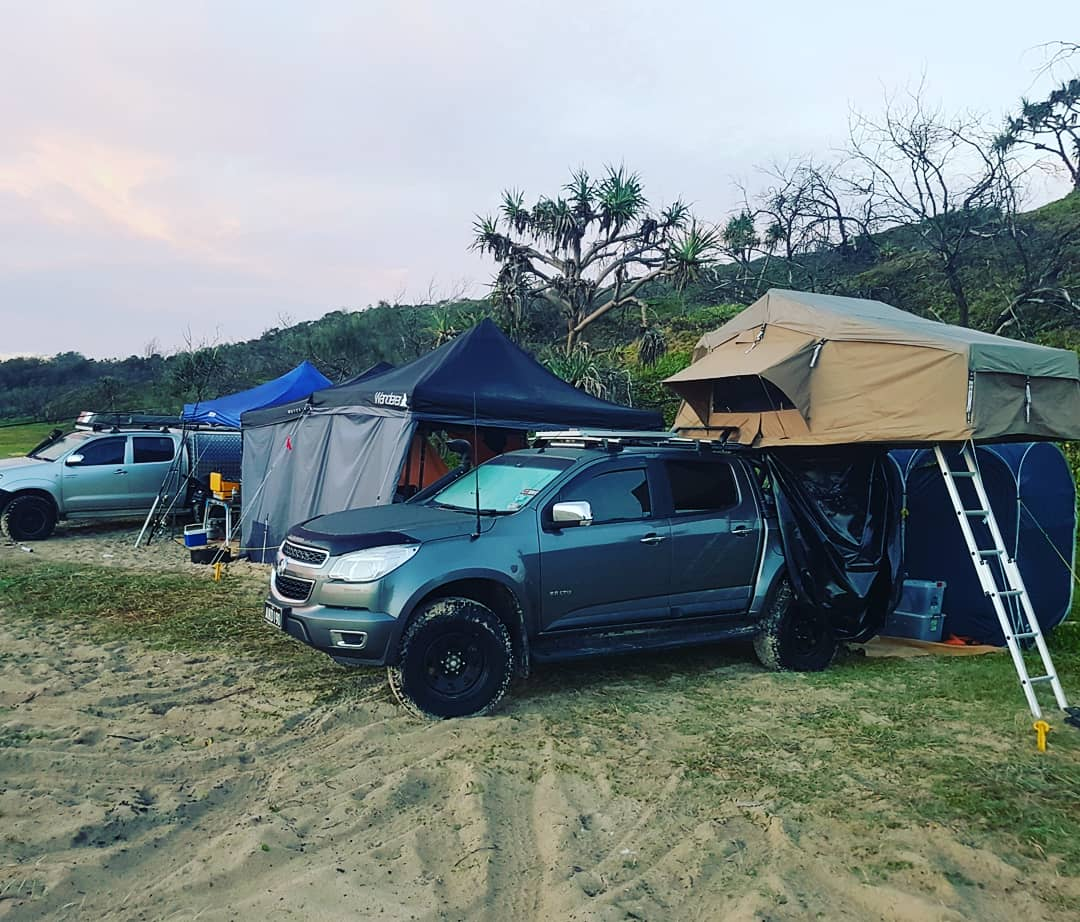 Installing an Adventure Kings Roof Top Tent Tourer on your Dual Cab Ute! - image & Installing an Adventure Kings Roof Top Tent Tourer on your Dual ...