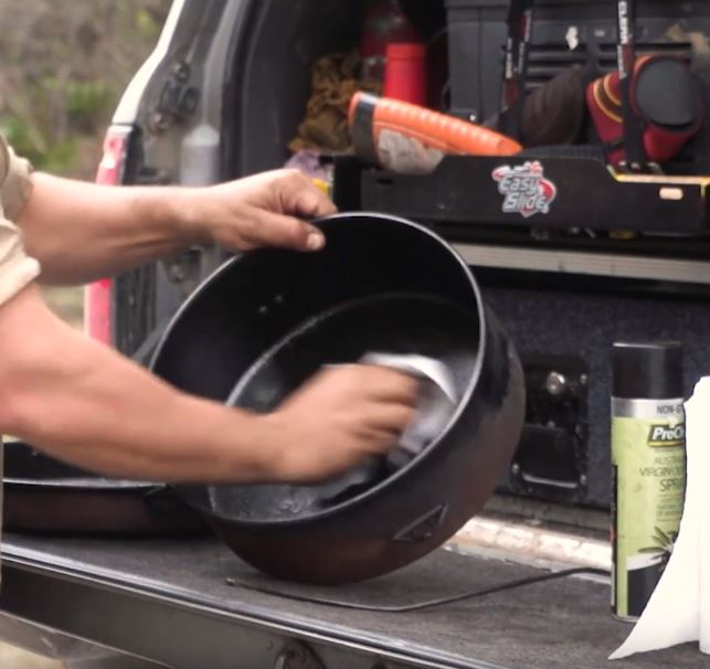 Seasoning your camp cookware– (No, not with salt and pepper!) - image Capture-181 on https://www.4wdsupacentre.com.au/news